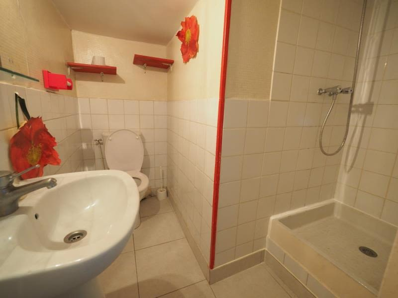 Rental apartment St cyr l ecole 685€ CC - Picture 3