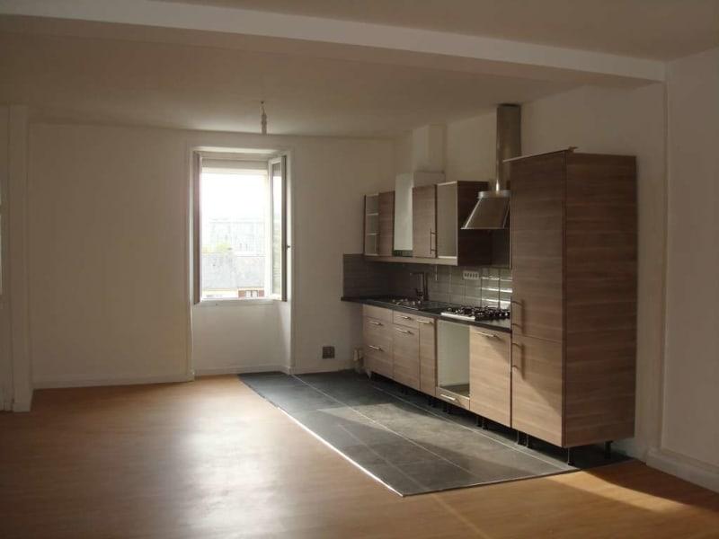 Sale apartment Nantes 395200€ - Picture 2