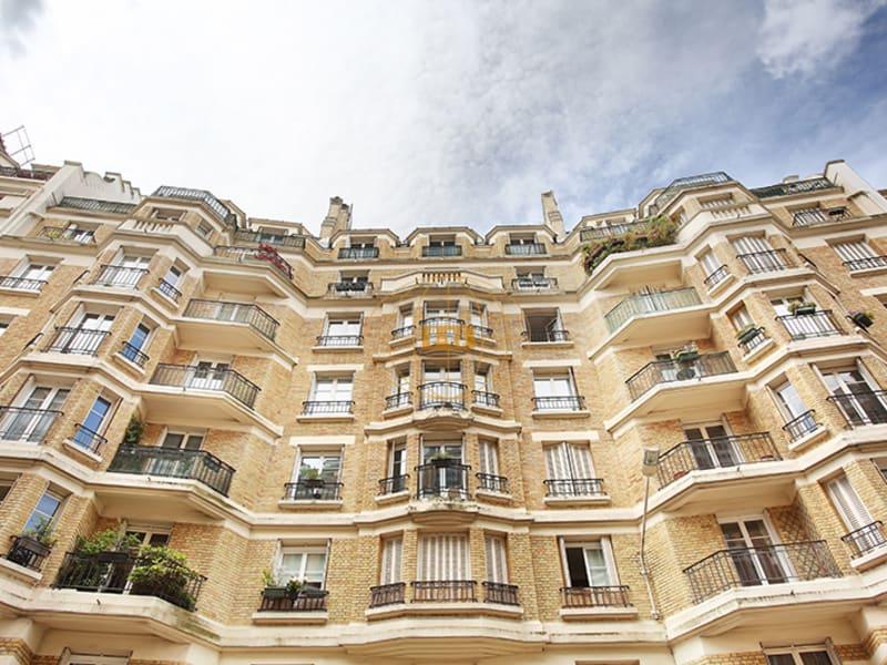 Sale apartment Issy les moulineaux 698000€ - Picture 2