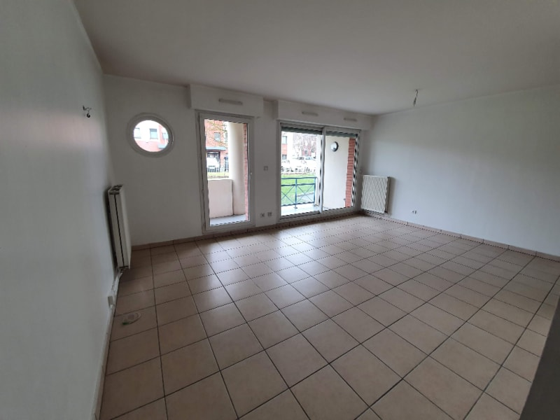 Rental apartment Caudry 515€ CC - Picture 1