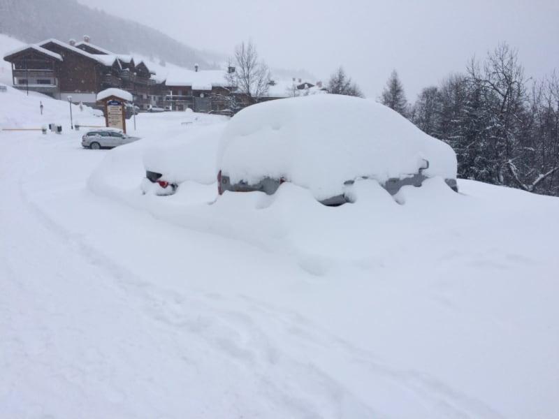 Sale parking spaces Montvalezan 10000€ - Picture 1