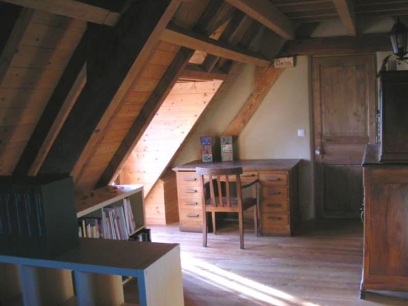 Sale house / villa Bazet 237000€ - Picture 7