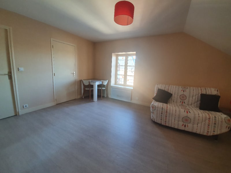 Location appartement Ennordres 242€ CC - Photo 1