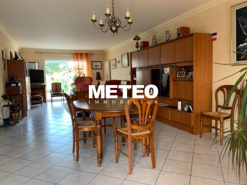 Sale house / villa Les sables d olonne 511200€ - Picture 2