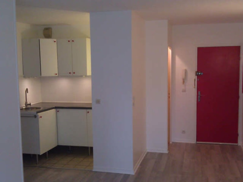 Rental apartment Cergy village 717€ CC - Picture 3
