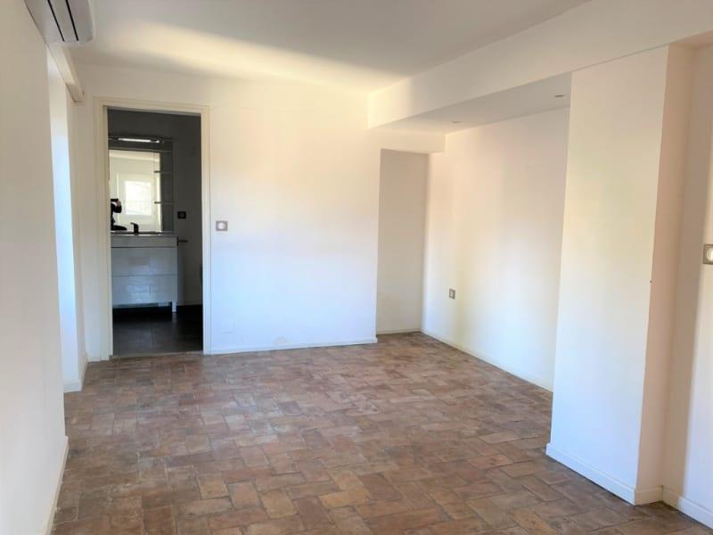 Sale apartment Villeneuve les avignon 265000€ - Picture 7
