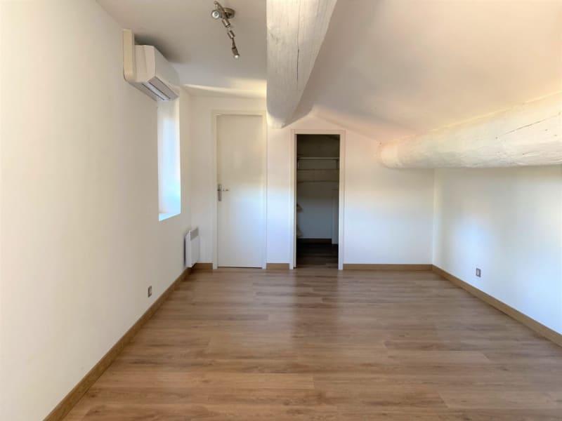 Sale apartment Villeneuve les avignon 265000€ - Picture 11