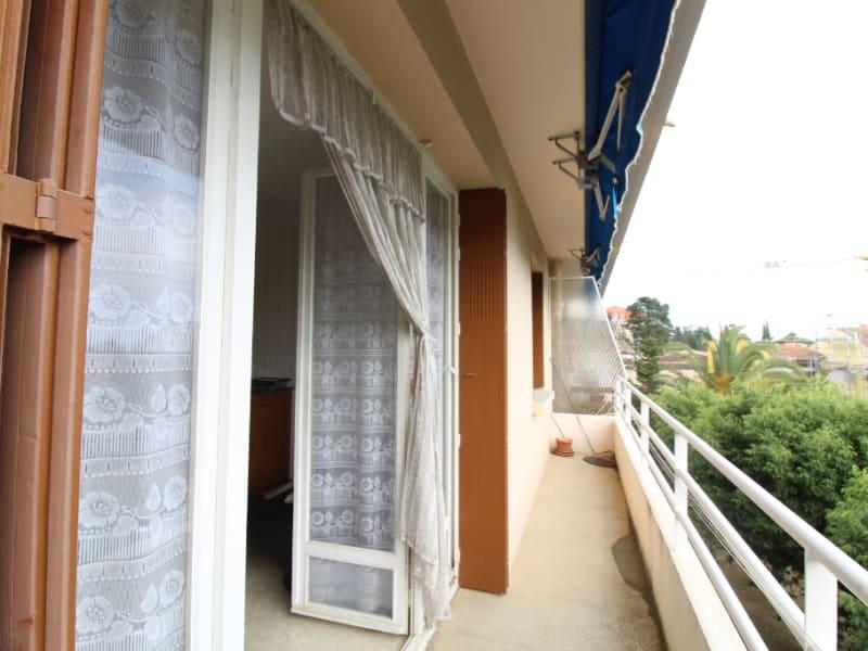 Vendita appartamento Hyeres 171200€ - Fotografia 2
