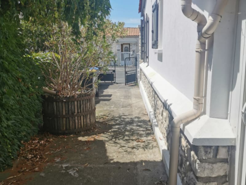 Sale house / villa La rochelle 335500€ - Picture 2