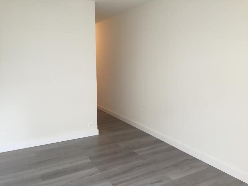 Location appartement Illkirch graffenstaden 394€ CC - Photo 2