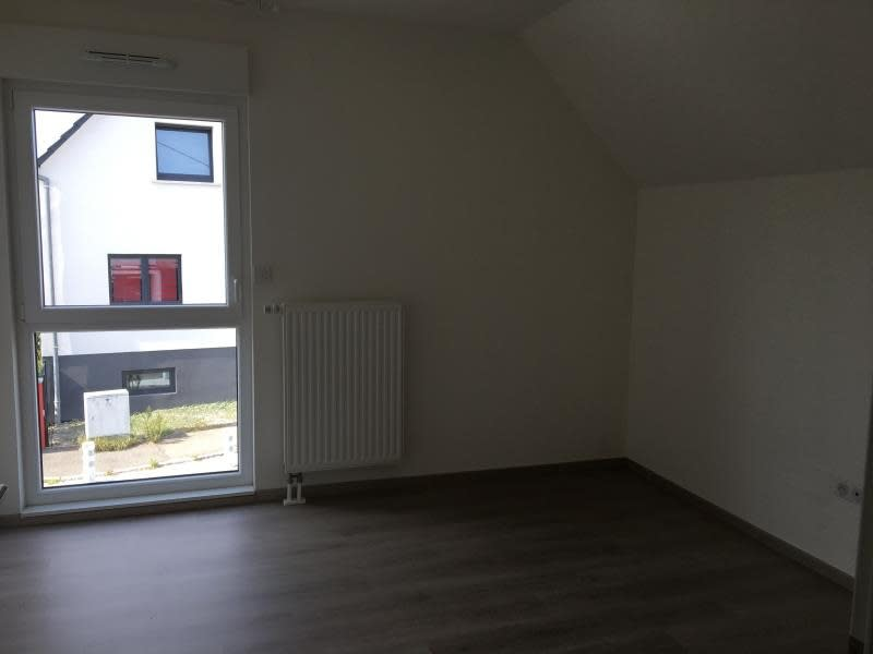 Location maison / villa Oberhoffen sur moder 911€ CC - Photo 6