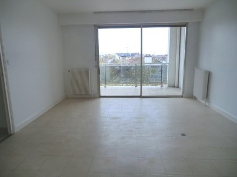 Rental apartment Chalon sur saone 760€ CC - Picture 2
