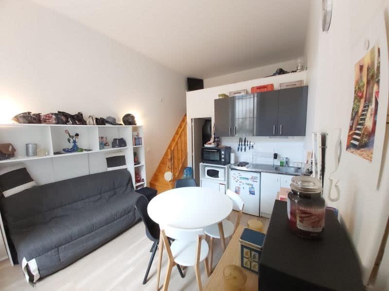Sale apartment Versailles 220000€ - Picture 1
