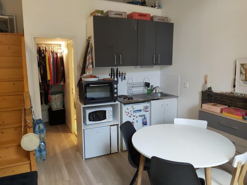 Sale apartment Versailles 220000€ - Picture 2