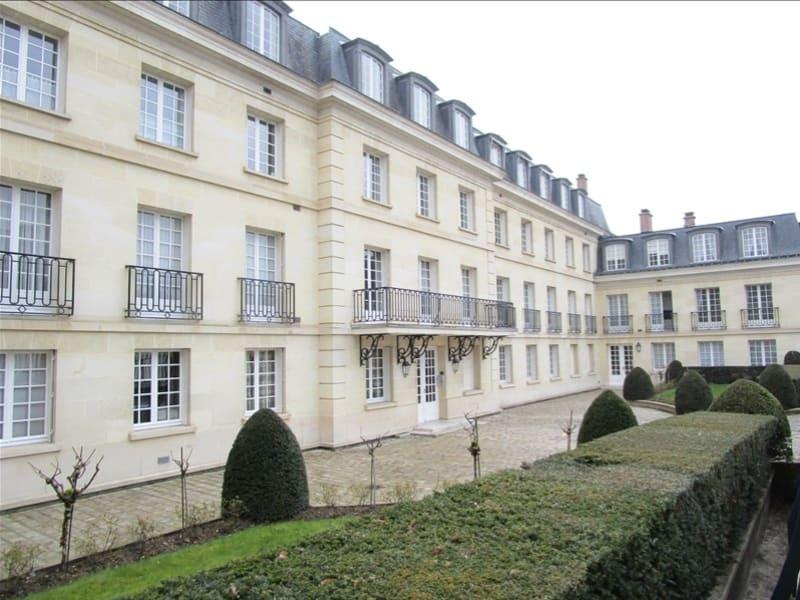 Sale apartment Versailles 146000€ - Picture 1