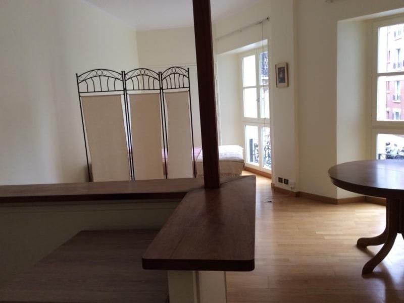 Alquiler  apartamento Paris 10ème 1250€ CC - Fotografía 7
