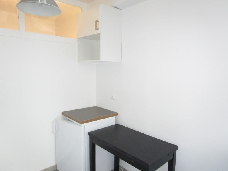 Rental apartment Versailles 730€ CC - Picture 3