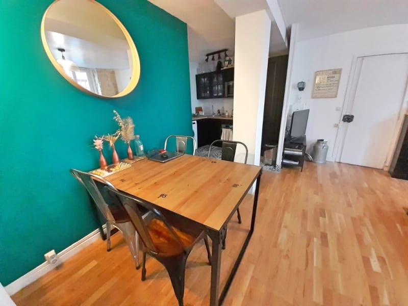 Sale apartment Paris 18ème 498000€ - Picture 3