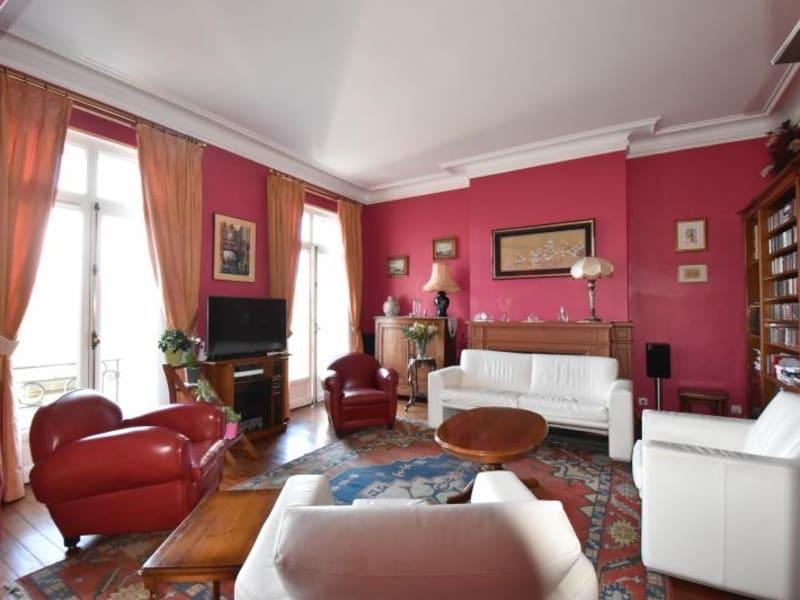 Deluxe sale apartment Bordeaux 735000€ - Picture 3