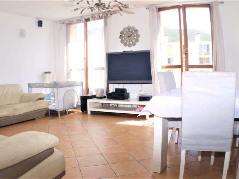 Rental apartment Marseille 10ème 1100€ CC - Picture 1