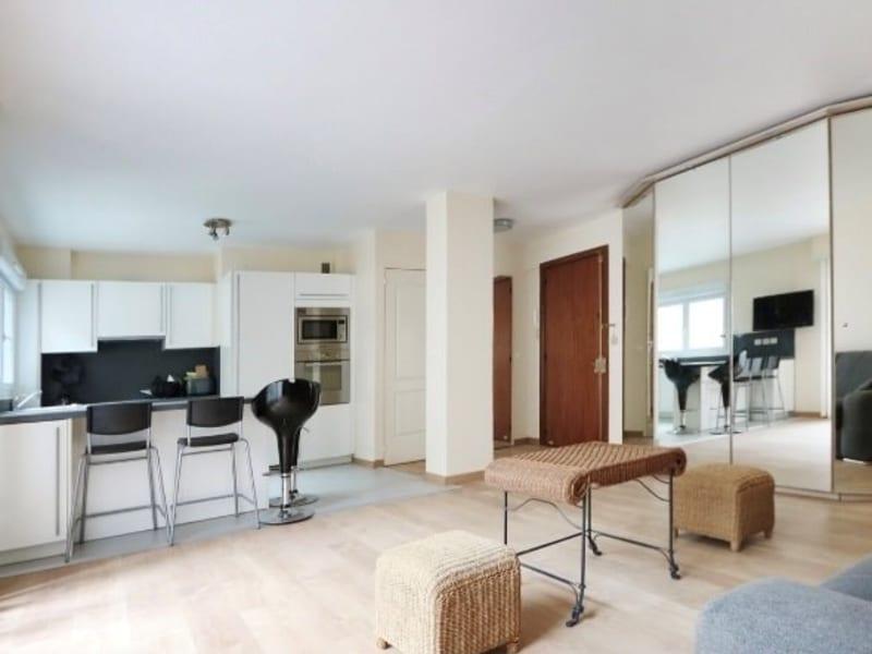 Rental apartment Paris 17ème 1280€ CC - Picture 1