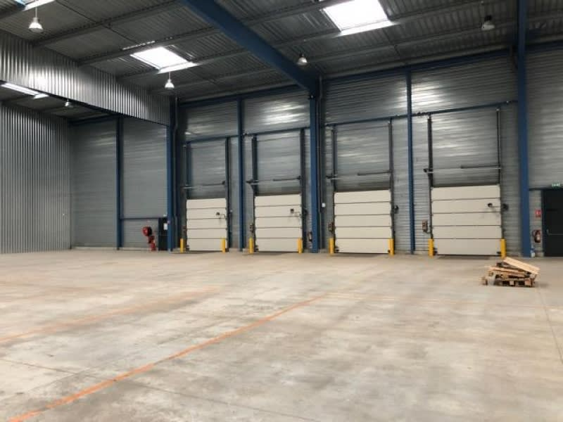 Location local commercial Cholet 15000€ HC - Photo 2