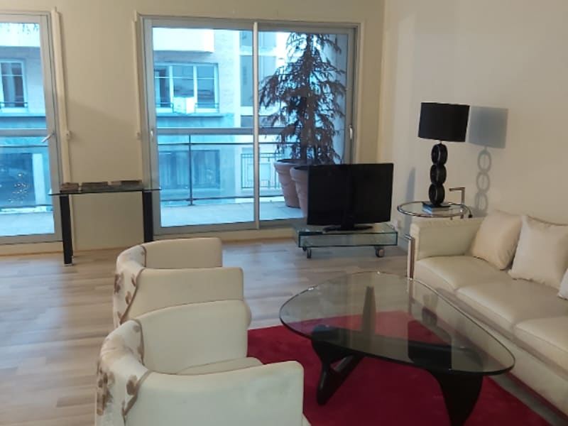 Location appartement Paris 16ème 2 850€ CC - Photo 5