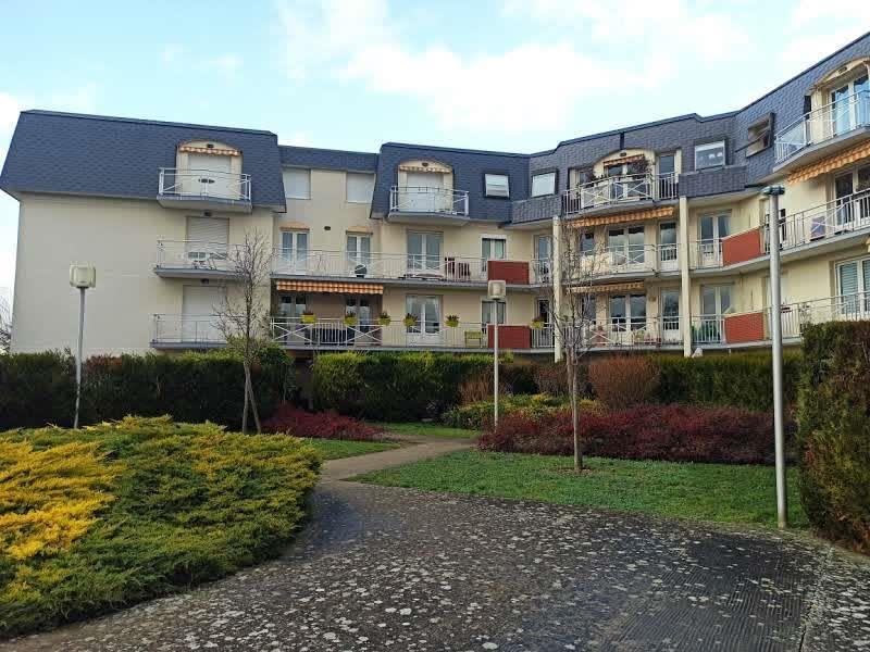 Rental apartment Chatou 730€ CC - Picture 2