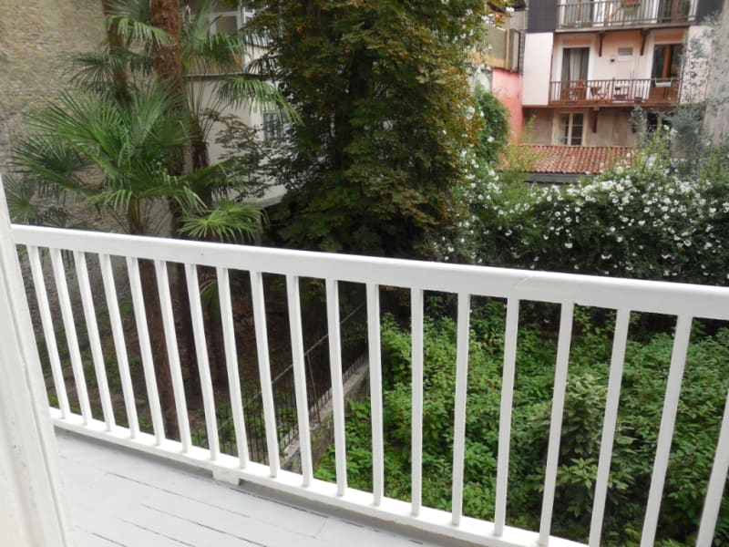 Rental apartment Pau 488€ CC - Picture 2