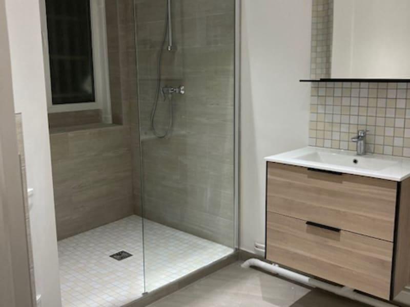 Location appartement Paris 18ème 1600€ CC - Photo 8