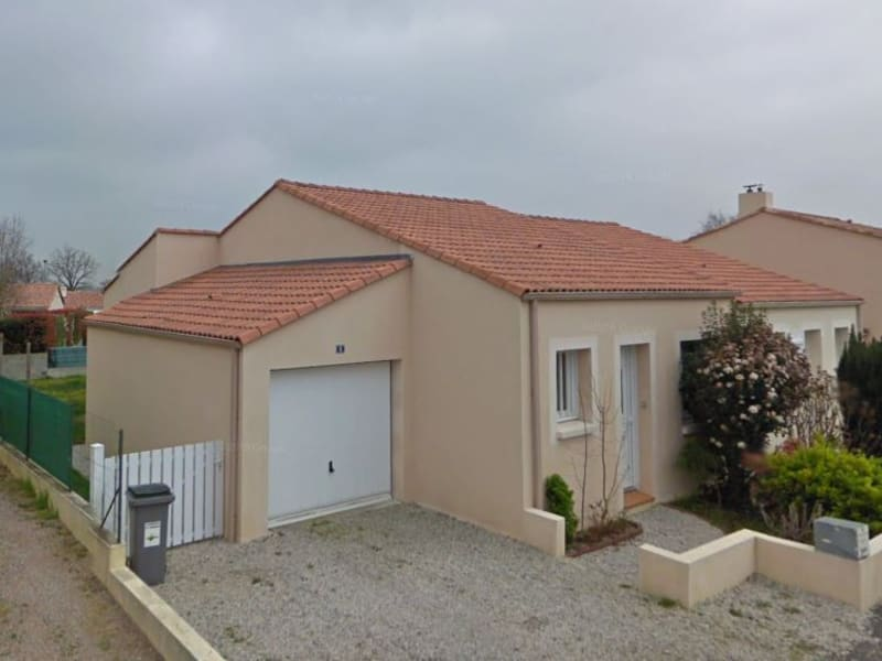 Rental house / villa La roche sur yon 680€ CC - Picture 1