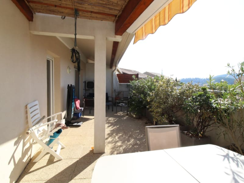 Vente appartement Hyeres 388500€ - Photo 5