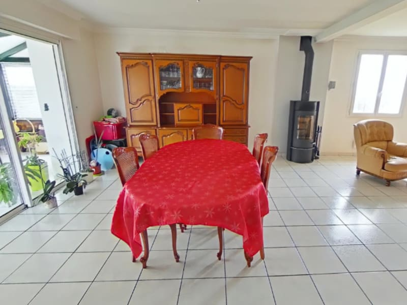Sale house / villa Guichen 303 096€ - Picture 2