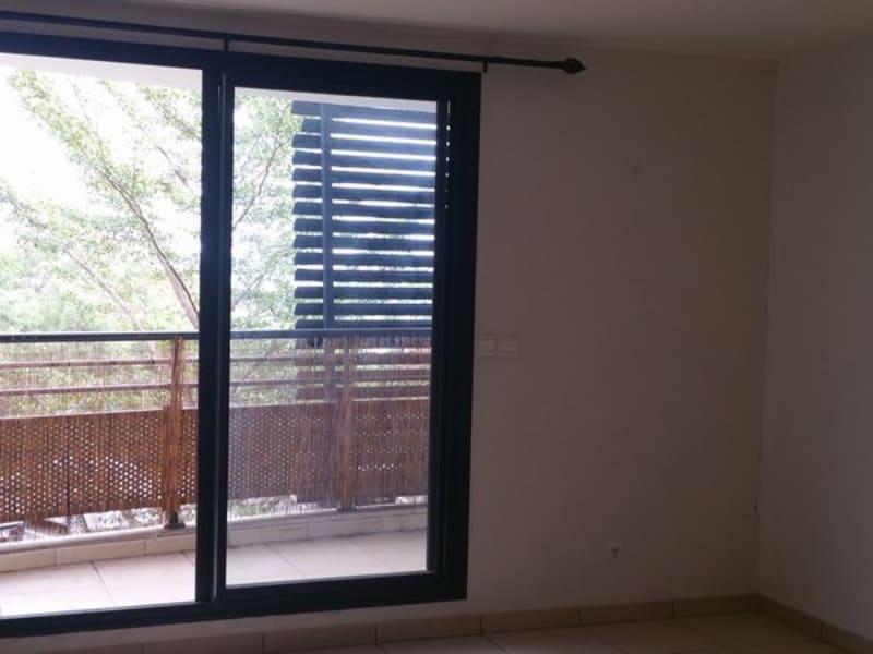 Location appartement La possession 570€ CC - Photo 3