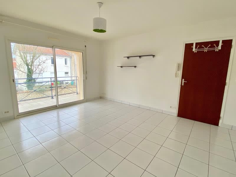 Location appartement Niort 472€ CC - Photo 5