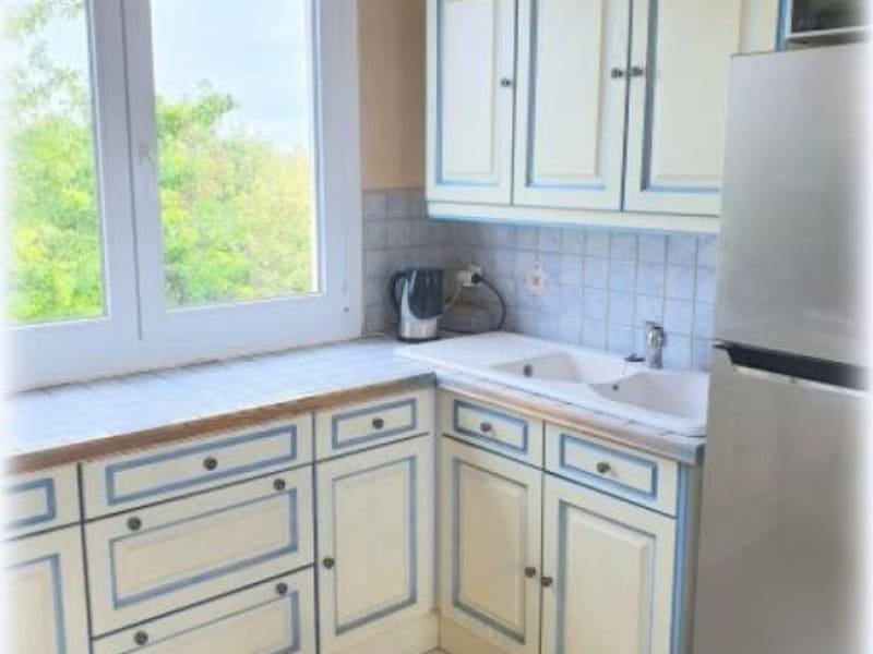 Sale apartment Le raincy 189000€ - Picture 3