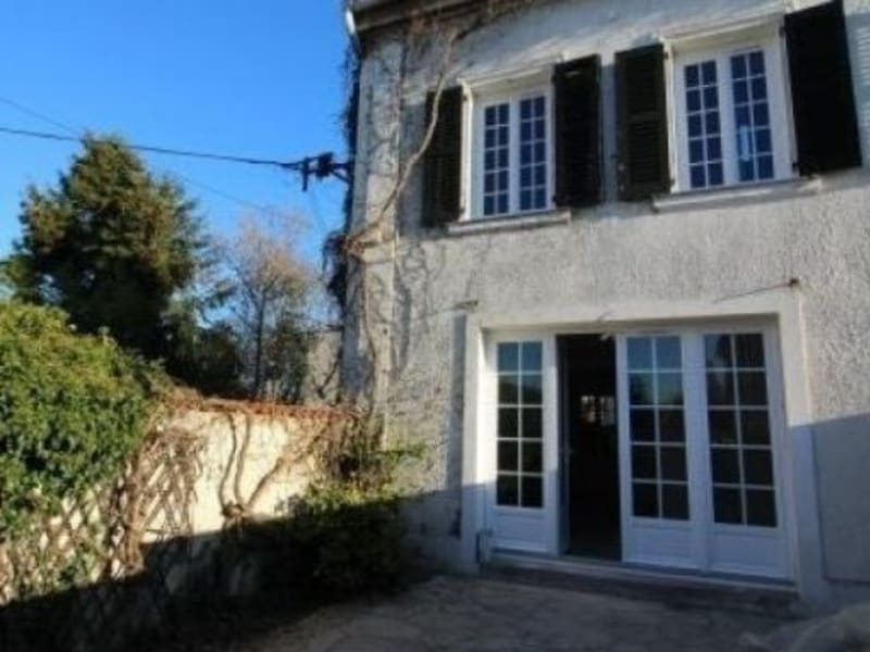 Sale house / villa Chatou 695000€ - Picture 1