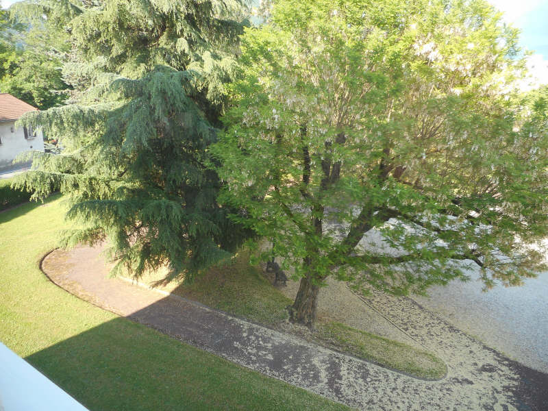 Rental apartment Voiron 542€ CC - Picture 6