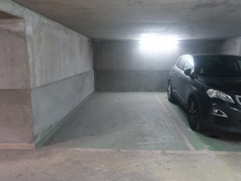 Rental parking spaces Boulogne billancourt 100€ CC - Picture 1