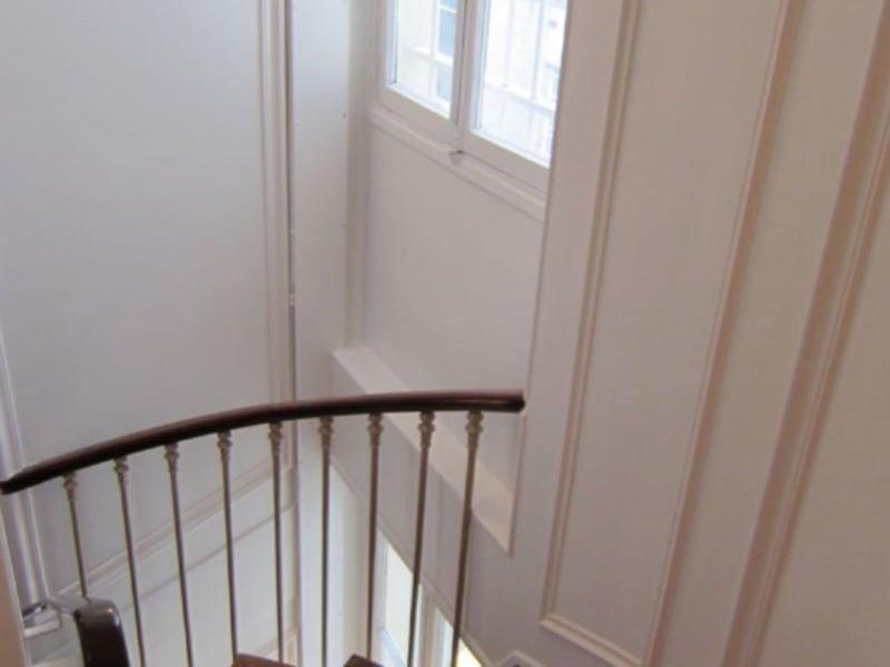 Location appartement Paris 9ème 4100€ CC - Photo 18