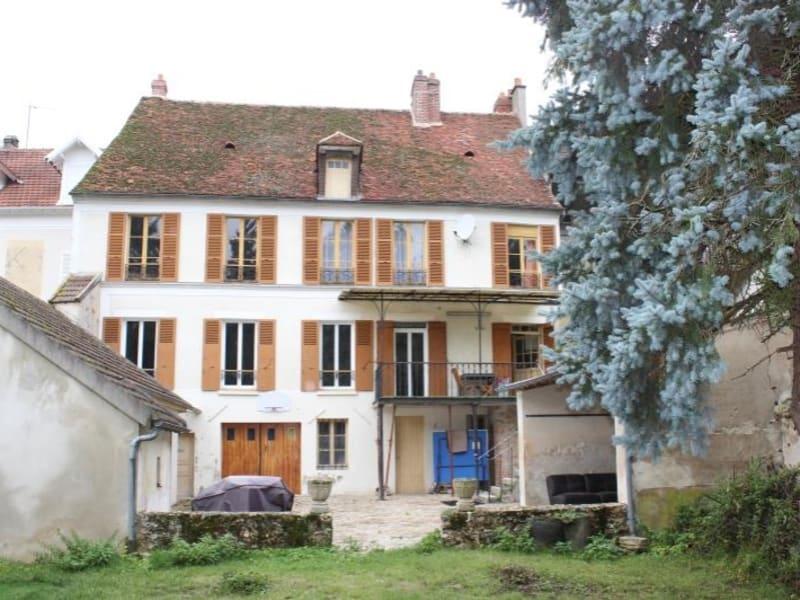 Sale house / villa Villeneuve sur bellot 198000€ - Picture 1