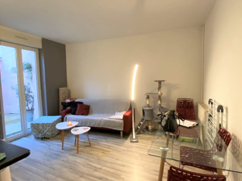 Location appartement Valence 615€ CC - Photo 3