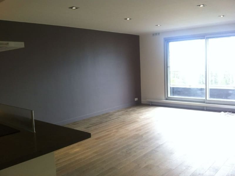 Location appartement Paris 16ème 3 140€ CC - Photo 3