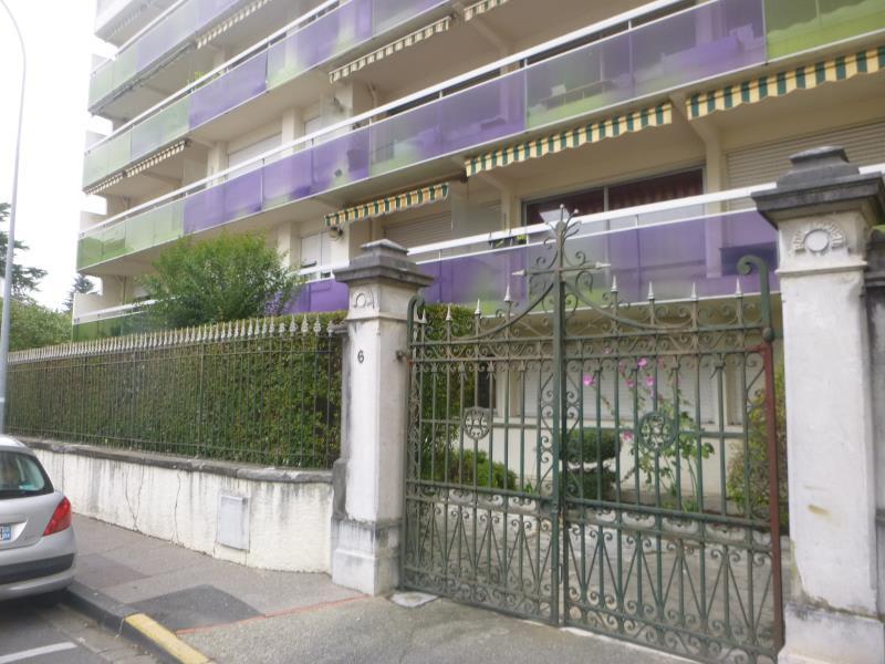 Rental apartment Pau 400,42€ CC - Picture 2