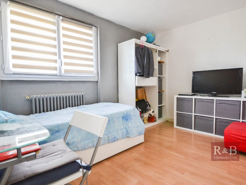Sale apartment Les clayes sous bois 180000€ - Picture 5