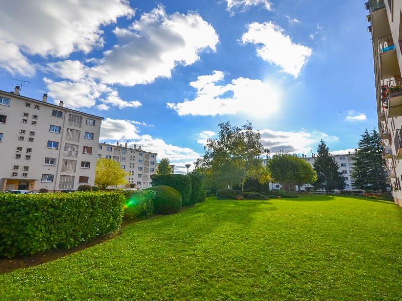 Sale apartment Les clayes sous bois 180000€ - Picture 8