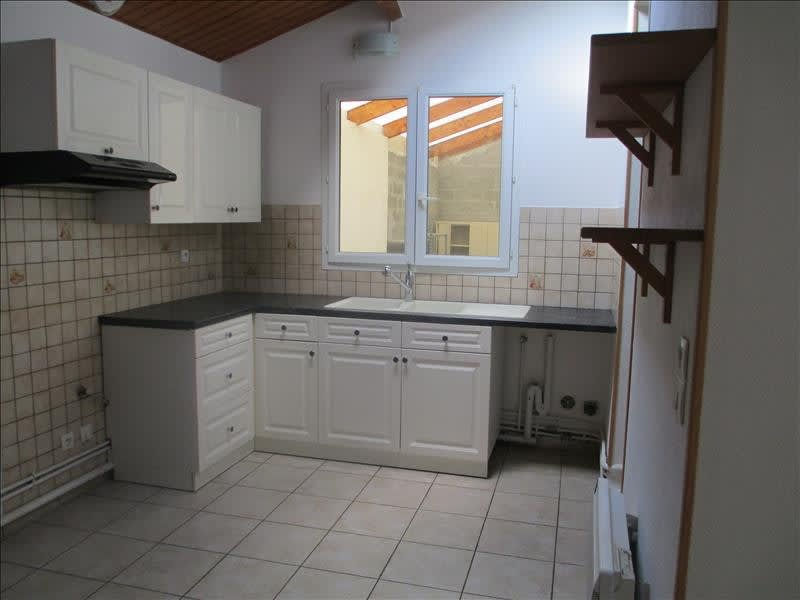 Location maison / villa Ercuis 850€ CC - Photo 2