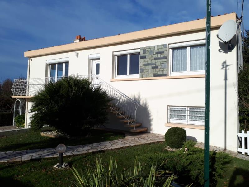 Sale house / villa Nieul le dolent 189500€ - Picture 1