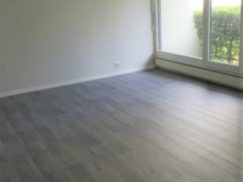 Rental apartment Villennes sur seine 654€ CC - Picture 4