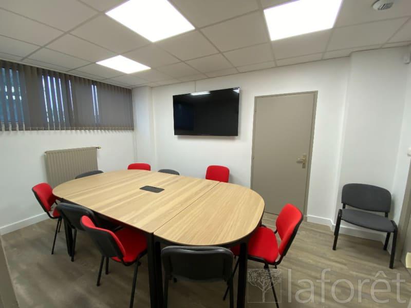 Sale empty room/storage Bourgoin jallieu 219000€ - Picture 3